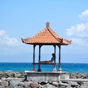Черные пляжи Бали