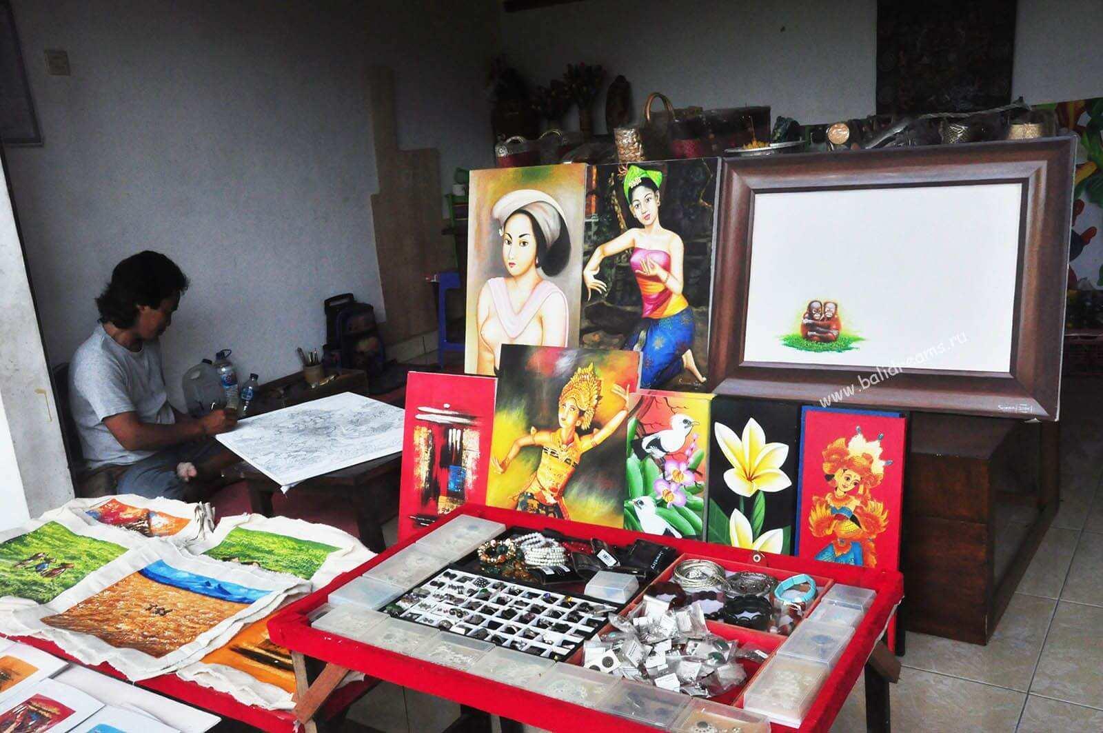Местная живопить и другие произведения мастеров Убуда