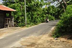 Песок и грязь на дорогах Бали