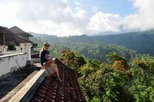 Вид с крыши заброшенной гостиницы