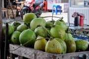 Кокосы на рыбном рынке Бали