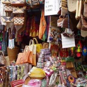 сувениры с Бали, маски, саронг, картины, статуэтки и др