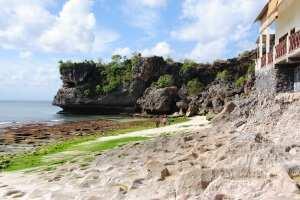 Пляж Баланган, вид на скалу