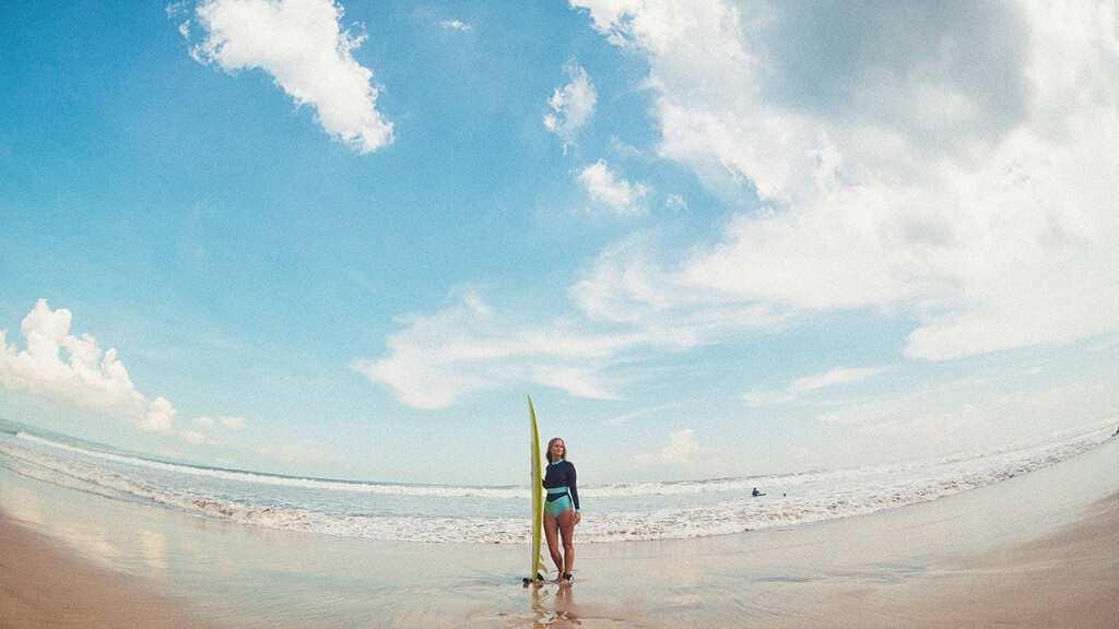 Серфинг на Бали, Бату Балонг бич