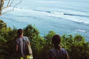 Спуск на пляж Karma Kandara