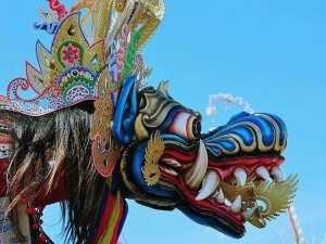 Воздушный змей король драконов