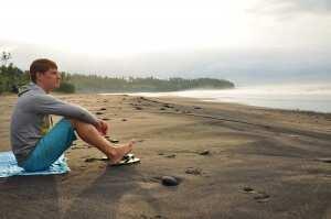 Рассвет на пляже Балиан Серф Джем 2013