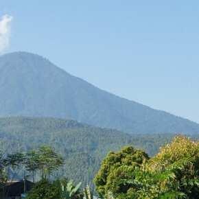 Гунунг Агунг остров Бали