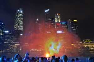 Марина Бей, шоу фонтанов. Сингапур
